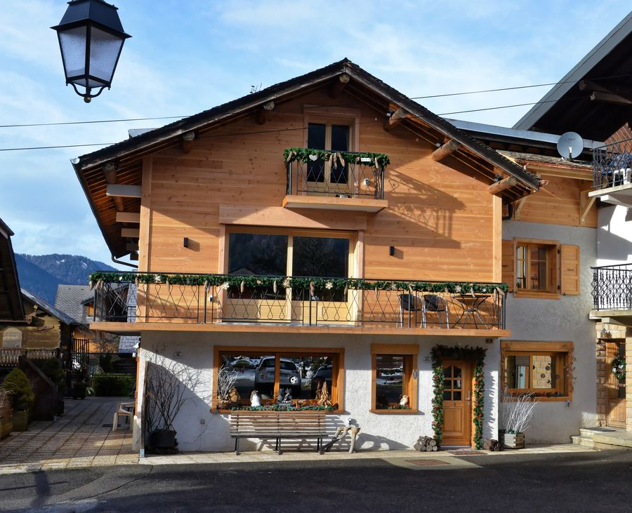 e1 self catering morzine 06